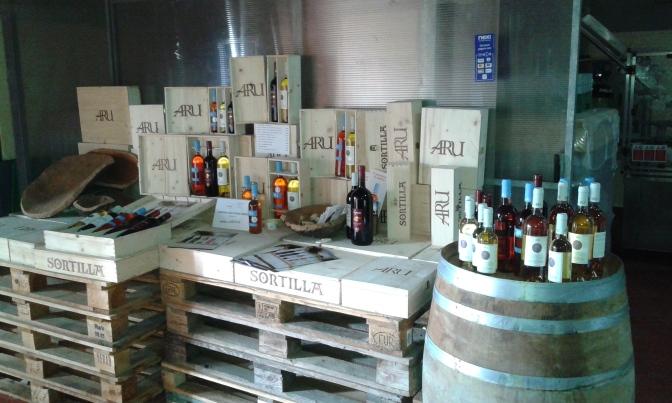wine tasting,aru winery,iglesias